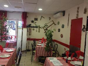 BAR RESTAURANT EPICERIE/SUPÉRETTE MULTI-ACTIVITÉS - Restaurant