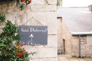 Hôtel Restaurant, Licence IV - Hôtel Restaurant