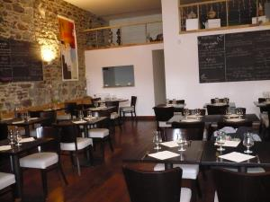 Brasserie, Crêperie port de plaisance ville active - Restaurant