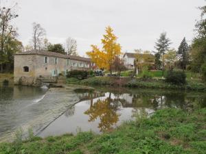 Ancien Moulin à vendre reconverti en Maison d'Hôtes, Gîte - Hôtel Restaurant