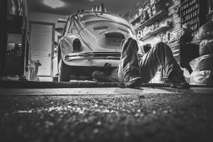 CARROSSERIE GARAGE VENTE DE VÉHICULES - Entreprise de Services